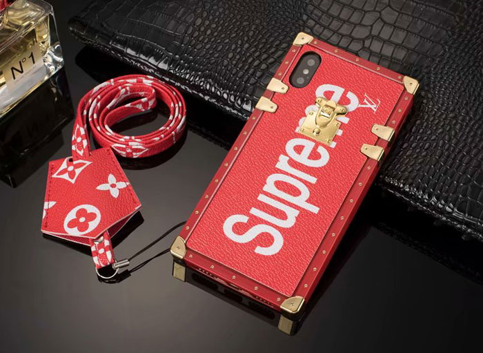 cover iphone supreme x lv